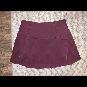 Lululemon maroon skirt